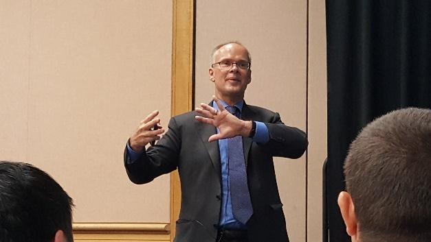 Dr. Ray Ridley hielt auf der APEC drei Stunden lang seine Zuhörer mit magnetischen Bauelementen gefesselt.