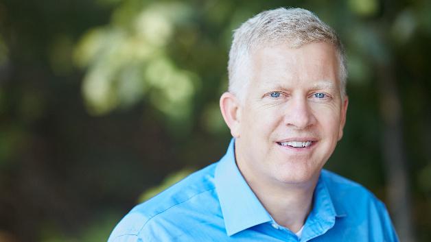 Greg Henderson, ADI: »Mit der Übernahme von OneTree Microdevices befinden wir uns in einer sehr guten Position, um die Anforderungen der Kabelnetzbetreiber an erfüllen zu können, die die Kapazität ihrer Breitbandnetze schnell ausbauen wollen.«
