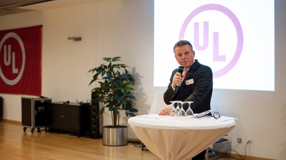 Ingo M. Rübenach, Vice President DACH & Eastern Europe Region bei UL erklärte auf der Eröffnungsfeier: »Mit dem Stuttgarter Labor erweitert UL sein weltweites Netz an Testlaboren auf einem der europäischen Kernmärkte.«