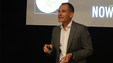 Eric Schaeffer von Accenture