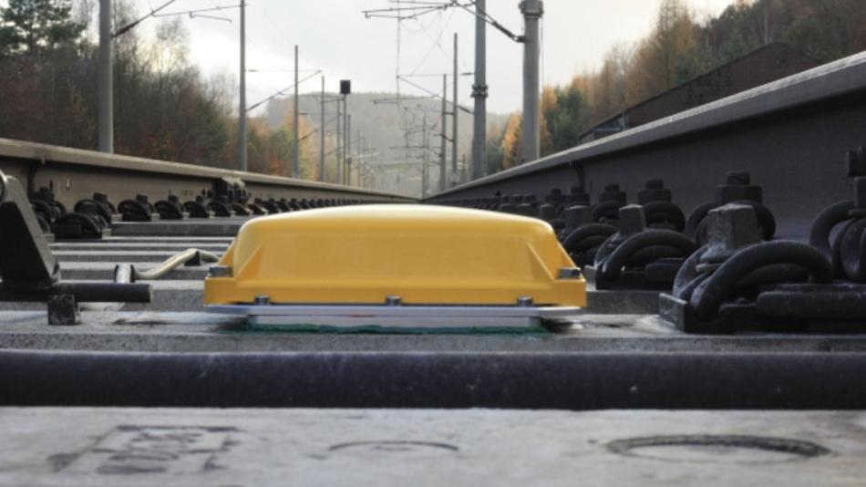 Aktuell wichtigster Kunde von Konux ist die Deutsche Bahn, für die die Münchner deutschlandweit kritische Weichen überwacht.