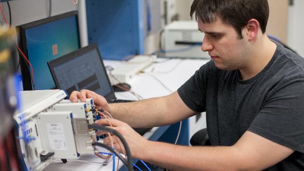 Bei der mm-Wellen-Forschung am NYU Wireless Institut wird unter anderem LabView Communications eingesetzt.