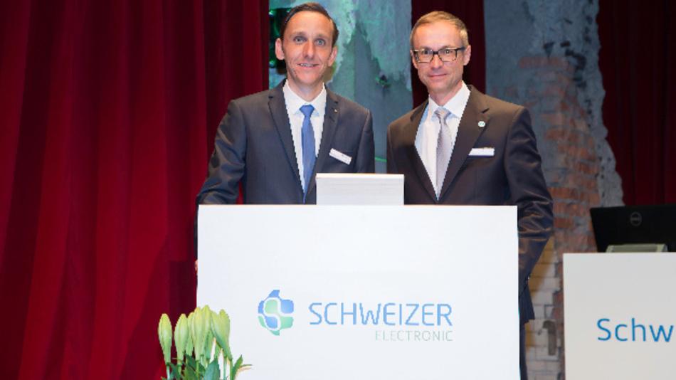 Nicolas Schweizer, stv. Vorstandsvorsitzender (links), sowie Marc Bunz, Finanzvorstand der Schweizer Electronic AG.