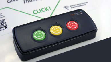 Mit den Terminals von Feedback Now können Kunden im Einzelhandel oder Mitarbeiter in Unternehmen unkompliziert ihre Meinung abgeben.