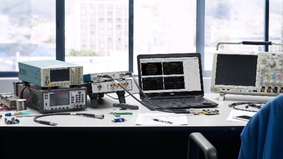 Bei USB-basierten Messgeräte übernimmt der Laptop viele Aufgaben. Dadurch werden Kosten und Platz gespart, so wie bei den TTR500-VNAs von Tektronix.