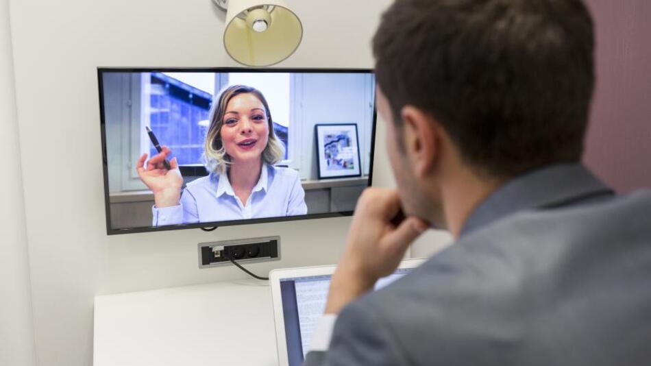 Digital Communication - bedeutet: Die Fähigkeit, mit anderen Technologien und Medien mit anderen zu kommunizieren und zusammenzuarbeiten.