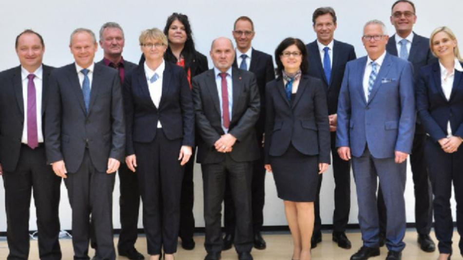 Der neue Aufsichtsrat der Leoni AG; Dr. Klaus Probst (4. v. r.) übernahm dabei den Vorsitz.