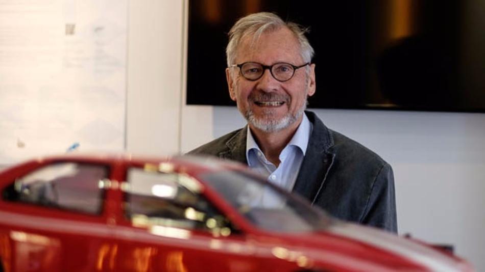 Bild 1. Werner Weber, Infineon und Projektleiter von ARTEMIS-EMC²: »Als Projektleiter muss man immer am Ball bleiben«.