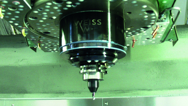 Bohrspindel im industriellen Fertigungsprozess: Mithilfe »intelligenter« Werkzeuge für Industrie 4.0 lassen sich Prozesse autonom via RFID optimieren.