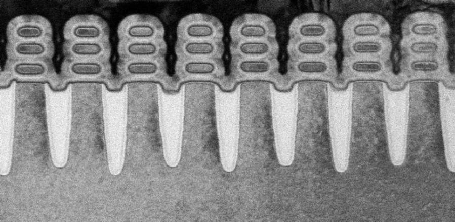 So sehen die Nanosheet-Transistoren aus. Auf einem Chip befinden sich 30 Mrd. Stück.