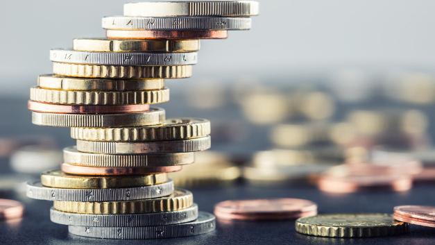 Nützliche Gehaltsinfos für angehende Arbeitskräft liefert der Stepstone-Gehaltsreport.