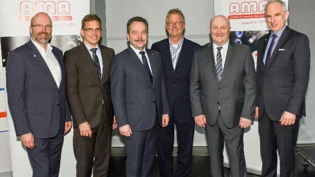 v.l.: Christoph Kleye, Prof. Dr. Stefan Zimmermann, Peter Krause, Johannes W. Steinebach, Dr. Rolf Slatter, Dr. C. Thomas Simmons