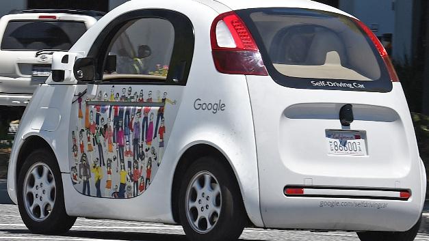 Google-Roboterwagen werden nach rund drei Jahren auf der Straße ausgemustert.