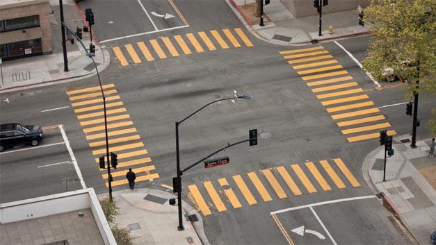 An Kreuzungen passieren häufig schwere Unfälle.