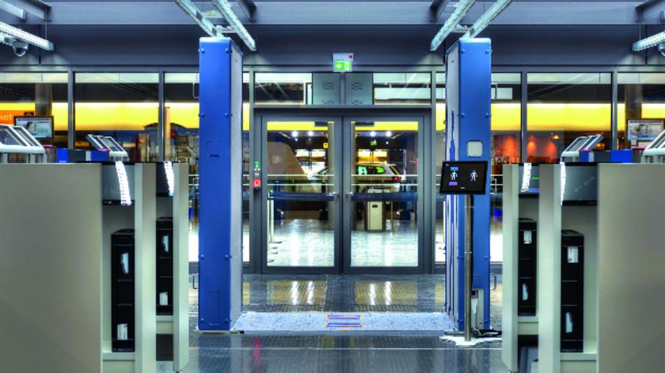 Die QPS-Mikrowellen-Körperscanner von Rohde & Schwarz sind für die Fluggastkontrolle auf Flughäfen oder als Sicherheitsschleusen in Ministerien konzipiert.