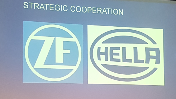 Strategische Zusammenarbeit von ZF und Hella.