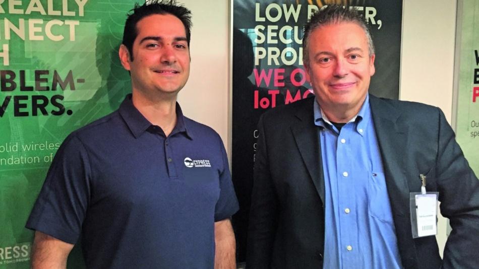 Cypress-CEO Hassane El-Khoury (li.) mit DESIGN&ELEKTRONIK-Chefredakteur Frank Riemenschneider.
