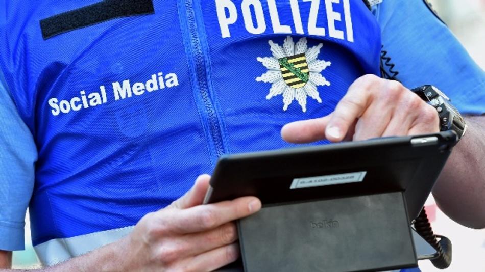 Im Zeitalter der sozialen Medien bedient sich auch die Polizei der neuen Kommunikationsmittel.