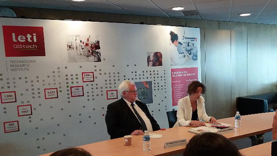 Gemeinsam stärker: Fraunhofer-Verbund Mikroelektronik (Dr. Hubert Lakner, links) und CEA-Leti (Marie Semaria, rechts).