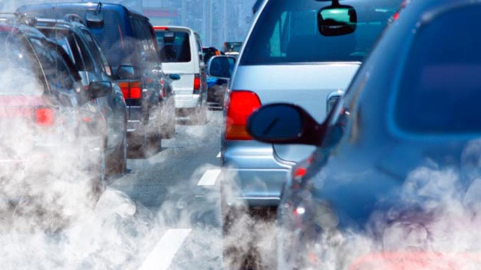 Um mehr Transparenz bei den Verbrauchsmessungen zu schaffen, will Dobrindt noch dieses Jahr ein Institut für Verbrauchs- und Emissionsmessungen gründen.