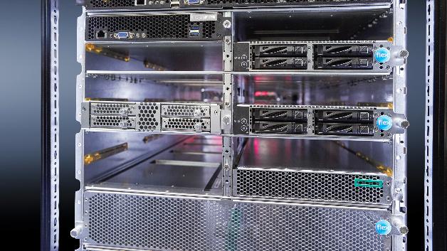 Ein Vorteil der Open19-Architektur ist der Einsatz von Gleichstrom bei der Versorgung der Server, wodurch die Energieeffizienz verbessert wird.