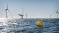 Die LiDAR-Boje des Fraunhofer IWES vermisst den Wind so zuverlässig wie ein feststehender Messmast