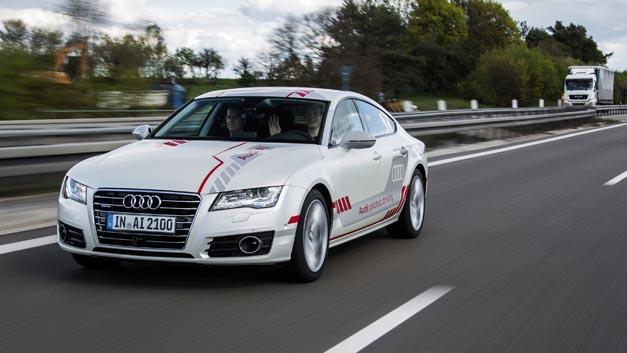 Als Privatperson automatisiertes Fahren erleben? Audi macht es in der Zeit vom 20.07. bis August 2017 möglich.