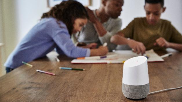 smarter lautsprecher google home kommt nach deutschland. Black Bedroom Furniture Sets. Home Design Ideas