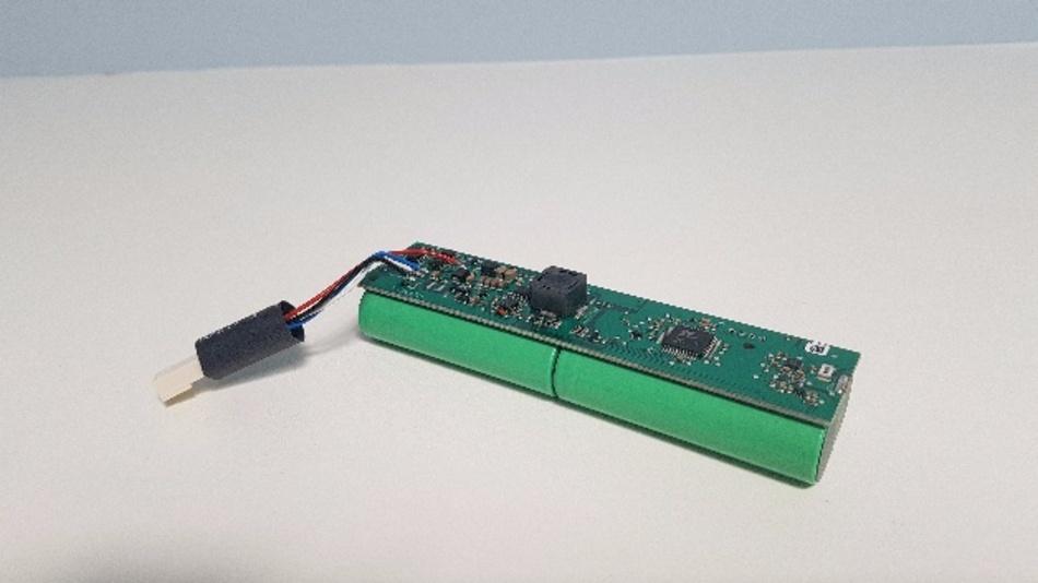 Diagnosefähiger Li-Ion Akku für eine professionelle Handlampe entwickelt von Tefag Elektronik AG.