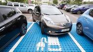 Platz 10 ging an den Nissan Leaf. Der Leaf ist das erste Großserien-Elektroauto, das von Anfang an für diesen Antrieb konzipiert wurde.