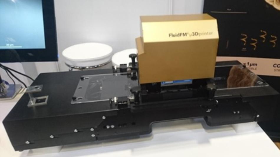 Der Metall-3D-Printer vom Typ FluidFM µ3Dprinter von Cytosurge, mit dem sich winzige Metallbauteile direkt herstellen lassen