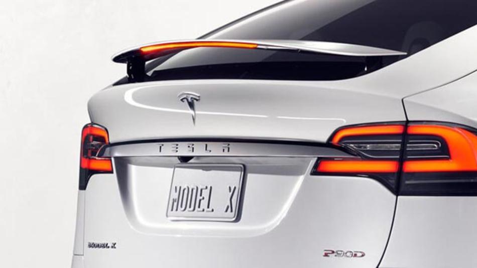 Der Besucher der diesjährigen IAA kann weder Model S noch X oder 3 besichtigen, da Tesla auf eine Ausstellung verzichtet.
