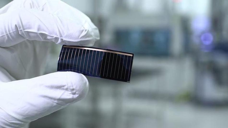 Dünnschicht-Solarzellen in Panorama-Glasdächern von Audi-Modellen: Daran arbeiten Audi und Hanergy.