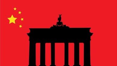 Brandenburger Tor als Hintergrund der China-Flagge