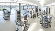 Ortsübergreifender Charakter der SmartFactory KL-Produktionsanlage