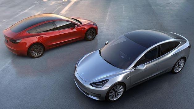 Wer gehofft hat, Teslas Model 3 in natura zu sehen, wird enttäuscht - die Kalifornier stellen nicht auf der IAA aus.