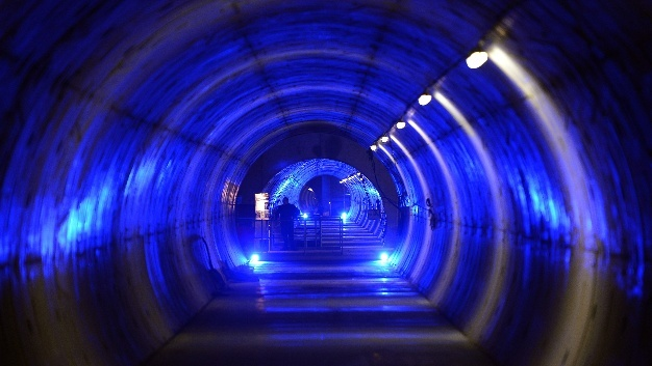 Der neu gebaute Tunnel des Röntgenlasers XFEL. Die Röntgenlaseranlage European XFEL wird am 1. September 2017 offiziell eröffnet.