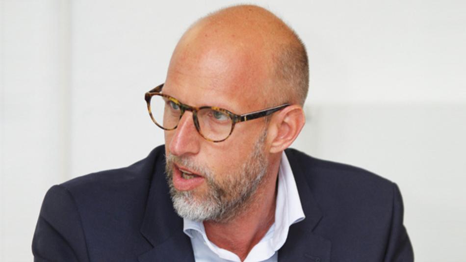 Carsten Bier, Recom  »Wenn die Distribution dem Kunden möglichst viel von dem anbieten kann, was er gerne hätte, dann stärkt das die Position gegen Firmen wie Amazon und Google.«