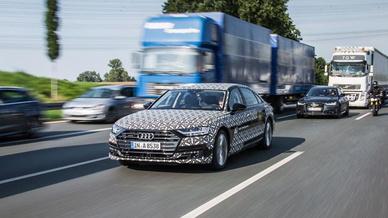 Der im Juli vorgestellte A8 ermöglicht hochautomatisiertes Fahren auf Level 3.