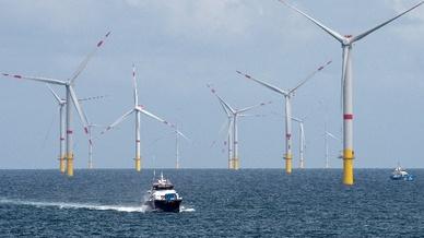 Offshore-Windpark «Nordsee 1« vor der Insel Spiekeroog
