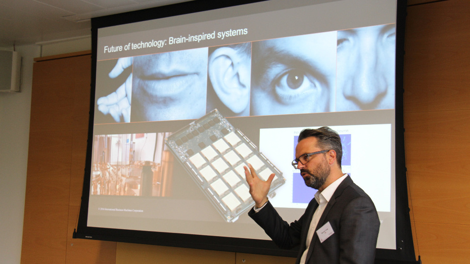 Was Watson alles kannn und nicht kann, erklärt Marcus Gross von IBM