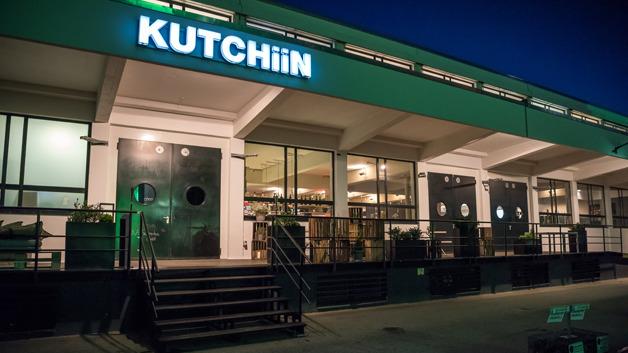 In diesem Jahr fand die Preisverleihung zum Distributor des Jahres 2017 im Kutchiin statt - von Küchenmeister und Fernsehkoch Holger Stromberg.