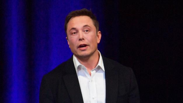Wegen eines »Produktionsengpäases« könne Tesla laut Elon Musk die Fertgung des Model 3 nicht so schnell hochfahren wie ursprünglich geplant, grundsätzliche Probleme gebe es nicht.