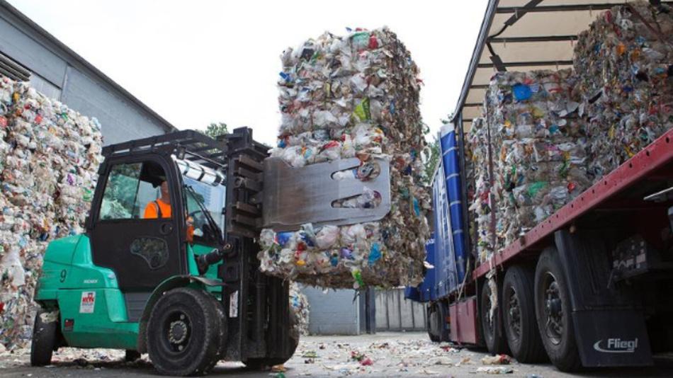 Recycling bietet die Chance, eine nachhaltige Wirtschaftsentwicklung zu realisieren.