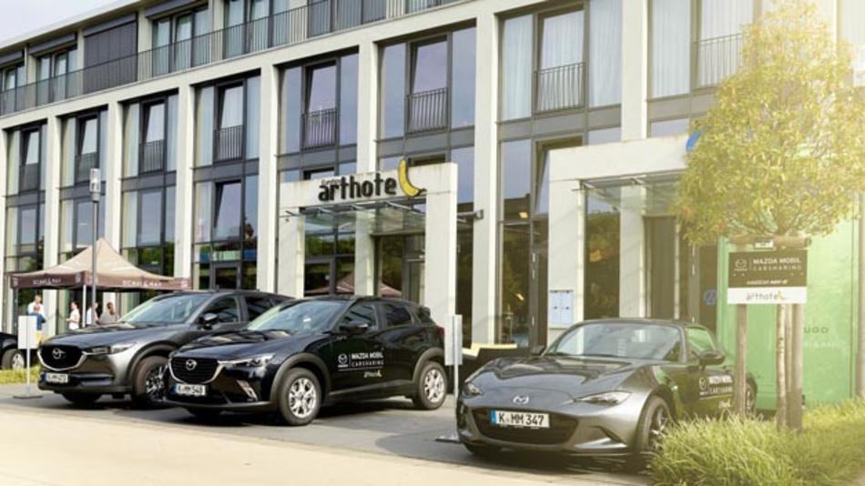 Mazda und Kooperationspartner CCUnirent starten Pilotprojekt zu stationsbasiertem Corporate Carsharing.