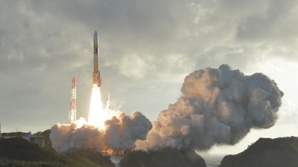Eine Trägerrakete vom Typ »H-2A« mit dem »Michibiki Nummer 4« genannten Satelliten an Bord, hebt in Tanegashima, Japan, ab.