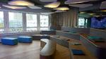 Für große Meetings mit der gesamten Belegschaft und für Kunden-Events gibt es ein modernes Amphitheater.