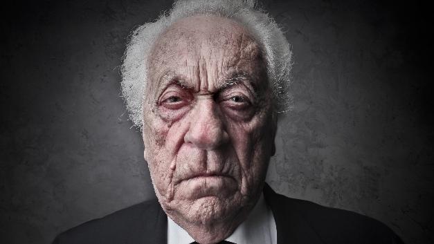 Zu alt? Sind Altersgrenzen in Geschäftsführerdienst-Verträgen zulässig?