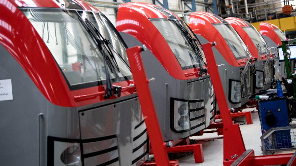 Lokomotiven wie »Vectron« sind mit einer Vielzahl an Sensoren ausgestattet. Aufgrund umfangreicher Datenanalysen können kritische Teile wie Bremsen, Getriebe oder Türen nach individuellem Bedarf gewartet oder getauscht werden.