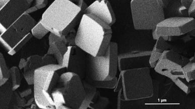 Kobaltphosphat-Kristalle